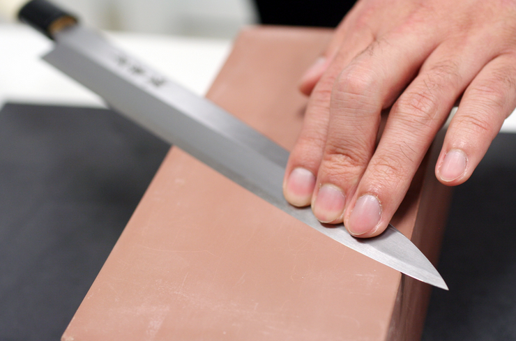 sharpen your kitchen knife stone