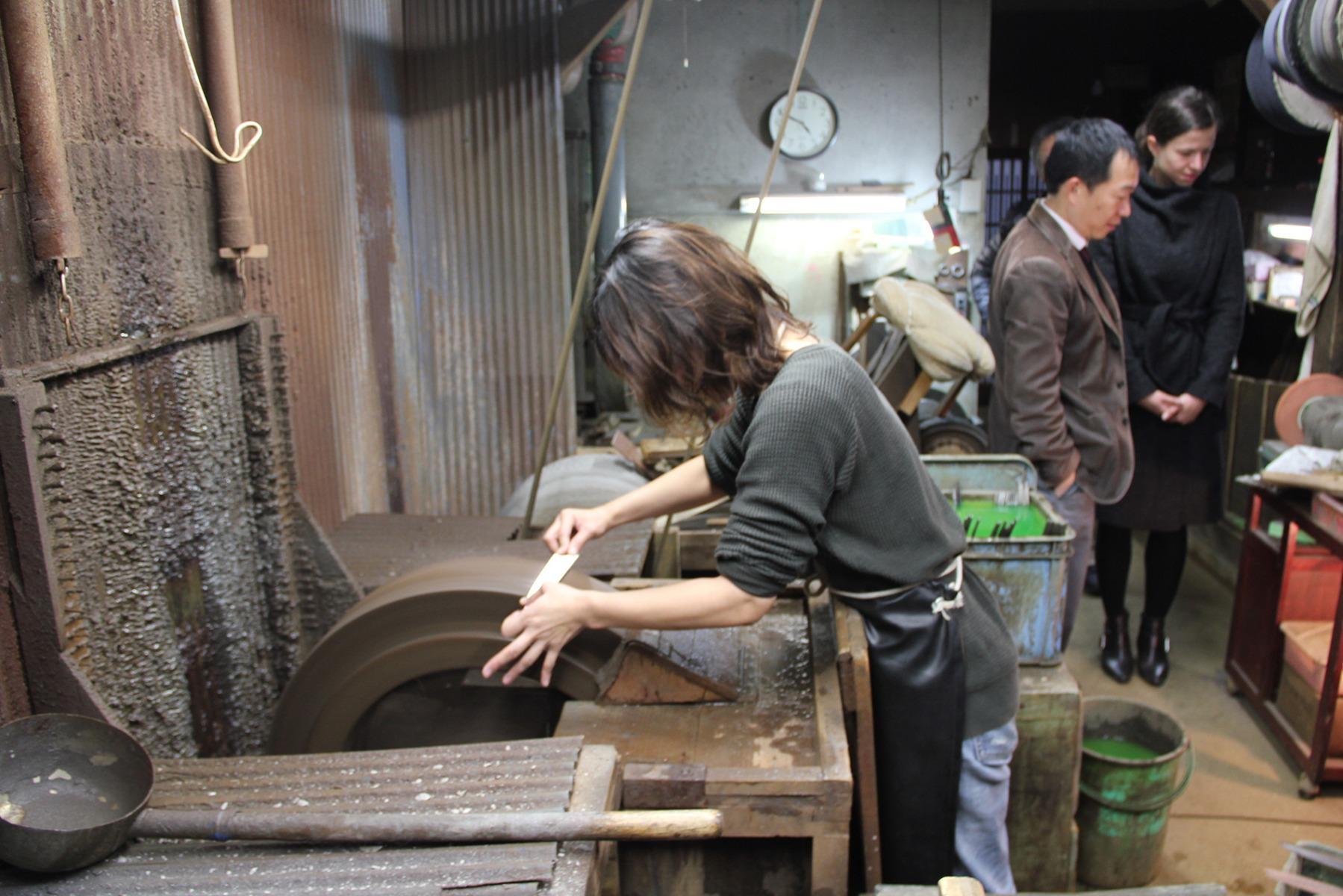 Knife wheel grid sharpening Japan