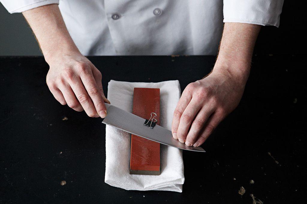 sharpening kitchen knife whetstones