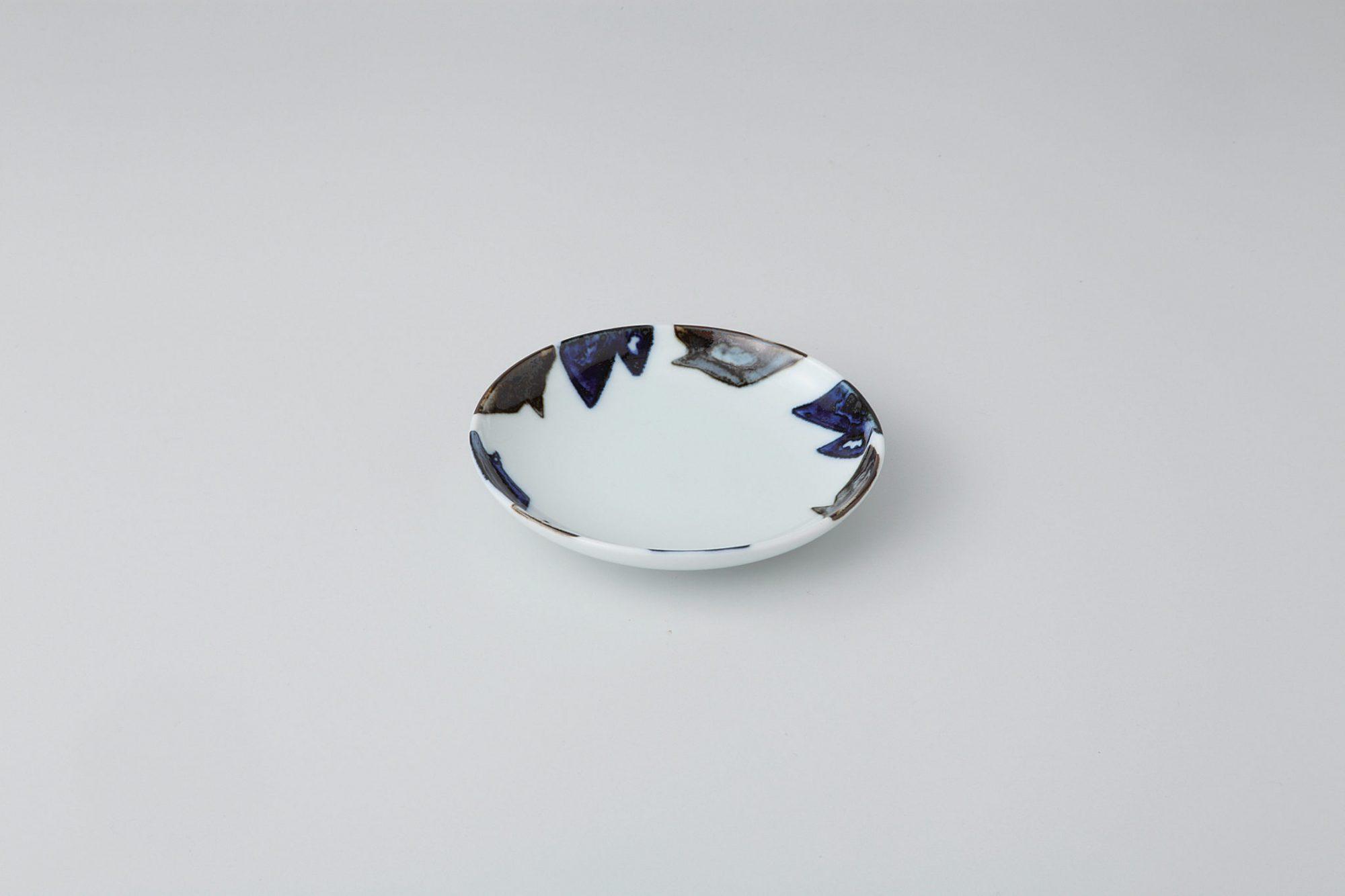 japanese porcelain karakusa cup