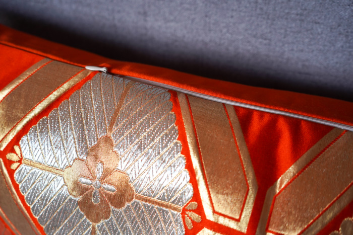 Bolster Cushion Cover Kimono Obi Silk, Gold Embroidery Vintage - Kiku III