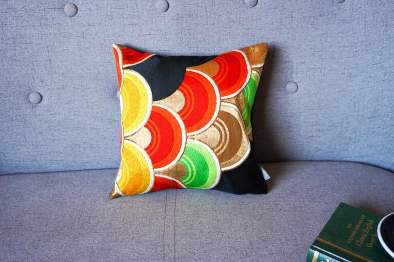 Cushion Cover Kimono Obi Silk Gold Embroidery Vintage - Seigaiha Mini